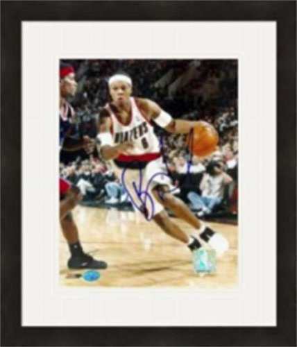 Bonzi Wells Signed Photo - 8x10 Matted & Framed - Autographed NBA Photos