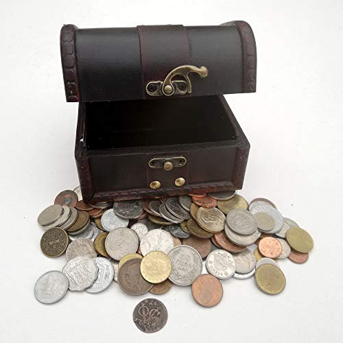 Treasure of Coins - Coins Collection - 1 Lb of Coins + a 18th Century Coin + Wooden Treasure Chest