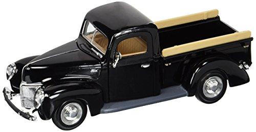 1940 Ford Car - 7
