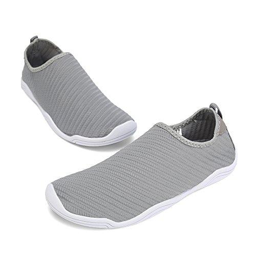 FCKEE Water Shoes Aqua Schuhe Slip-On Barfuß Leicht Leicht Quick-Dry Drainage Haltbare Sohle Mutifunktional für Beach Pool Surfen Frauen Männer T-grau