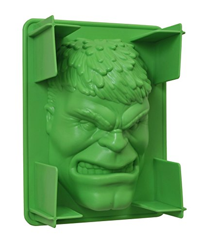Diamond Select Toys Marvel Hulk Plastic Gelatin Mold Toy