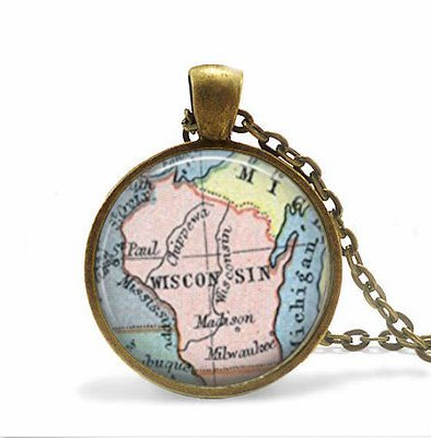 Wisconsin State Map, Vintage Map Pendant -