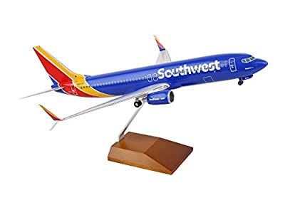 Daron 737-800 Skymarks Southwest Airplane Model with Gear & Wood Stand Heart (1/100 Scale)