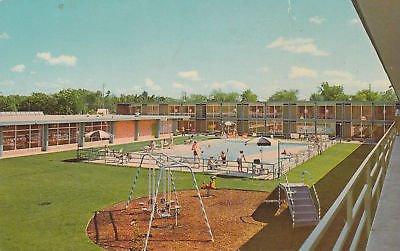 F0292 MI, Ann Arbor Holiday Inn Postcard