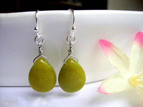 Moss Green Agate Teardrop Silver Dangle Earrings ()