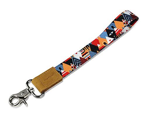 Wristlet keychain