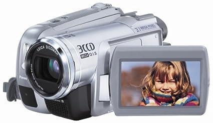 amazon com panasonic pv gs300 3 1mp 3ccd minidv camcorder with 10x rh amazon com Panasonic AVCCAM 3CCD Battery Panasonic 3CCD