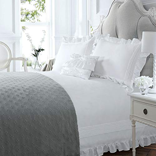 White Ruffle Duvet Cover Shabby Chic King 3 Piece Ruffled Farmhouse Quilt Cover Rustic Simply Boho Pretty 104x90 Bedding Set Victorian Lace Frilling Vintage Ruched French Country Romantic Border