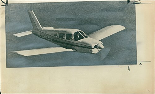 Vintage photo of A Piper Cherokee Arrow 200 Similar to Prince William39;s.