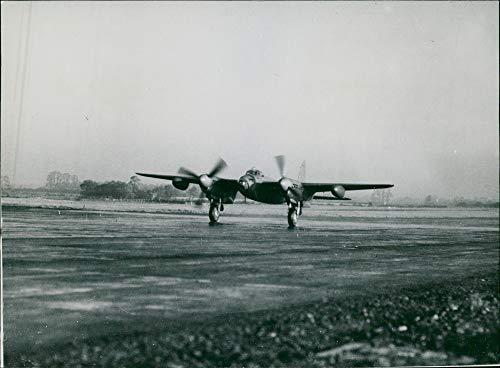 Engine Twin Mosquito (Vintage photo of de Havilland Mosquito Combat aircraft:RAF Flight.)