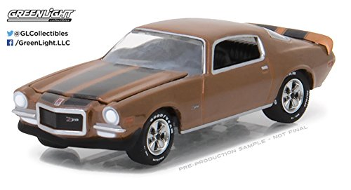 1972 Camaro (Greenlight 1:64 Muscle Car Series 19 1972 Chevrolet Camaro Z/28)