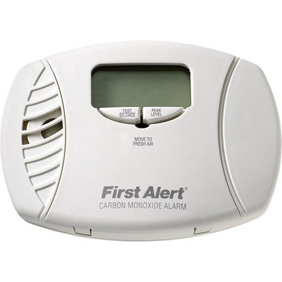 First Alert Carbon Monoxide Alarm with Digital Display - 3-Pk., Plug-In with Battery Backup, Model# CO615