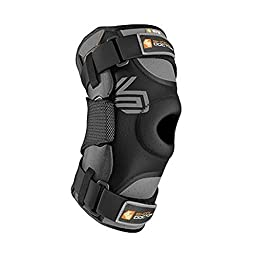 Shock Doctor Ultra Knee Supporter with Bilateral Hinges (Black, Medium)- Single