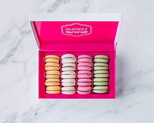 20 Macarons Gift Box - French Cookies Mix - Baked Upon Order Macaroons with Recipe from France - California Flavors