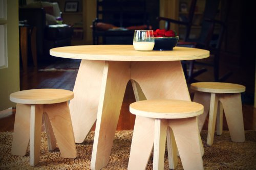 Aero Table and Stools Set - Blonde