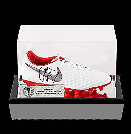 7fced54d9094 Image Unavailable. Image not available for. Color: Javier Mascherano  Official Uefa Europa League Autographed Signed White And Red Nike Magista  Boot ...