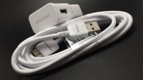 Samsung OEM Micro-USB 3.0 cable with Samsung 2.0-Amp Charger for Samsung Galaxy S5 and Note 3 - Bulk Packaging - White (Samsung Galaxy S5 / Note 3 Charger with USB cable) [18 months TrendON warranty]
