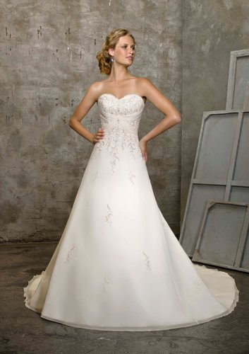 Mori Lee Wedding Gown 2105 Size 14