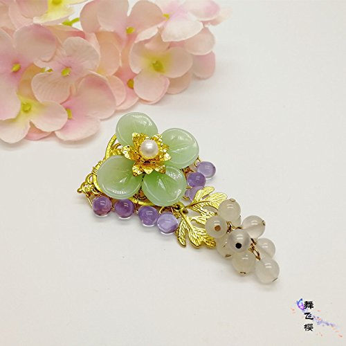 Custom cherry fly agate jade grapes brooch pin Bei Chinese cheongsam dress sub buckle original hand-made accessories antiquity - Jade Brooch Pin