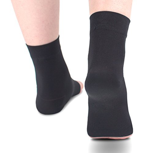 Ailaka Medical 20-30 mmHg Plantar Fasciitis Socks for Men & Women, Heel Arch Ankle Support Compression Foot Sleeves, Great Foot Care for Pain Relief, Swelling, Nurses, Maternity, Pregnancy, Running by Ailaka (Image #4)