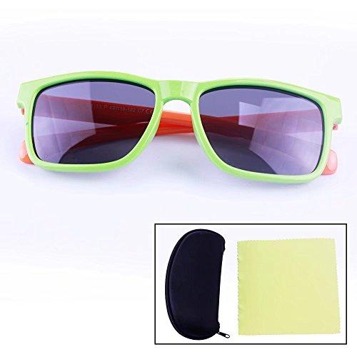 Sealive Kids Sunglasses TPEE Rubber Flexible Fashion Polarized Wayfarer Sunglasses Eye Protection Age 3-10 Boys Girls,with Sunglasses Hard Case and Microfiber Cleaning Cloth(Random ()