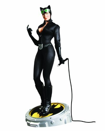 DC Direct Catwoman 1:4 Scale Museum Quality Statue by DC Comics (Scale Museum Statue Quality)