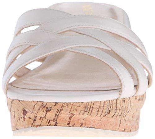 Nine West Caserta cuero de la plataforma de la sandalia Off White