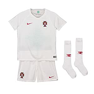 Amazon.com: Nike 2018 – 2019 Portugal Away Mini Kit: Clothing