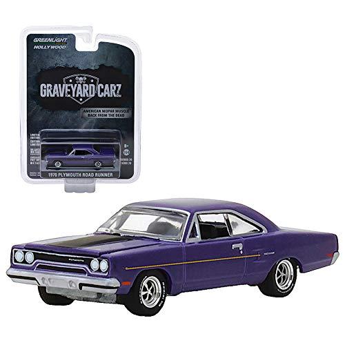 Light Roadrunner - Graveyard Carz 1970 Plymouth Road Runner Greenlight Hollywood 1:64 Scale