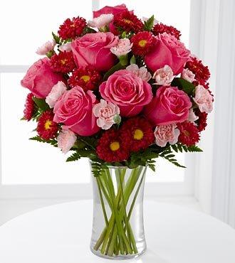 Amazon ftd precious heart flower bouquet roses and ftd precious heart flower bouquet roses and carnations 15 stems with vase mightylinksfo