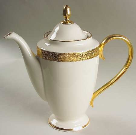 (Lenox Westchester 1999 Shape Coffee Pot & Lid, Fine China Dinnerware)
