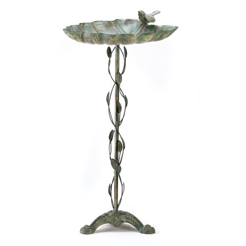 Antique Style Bird Bath