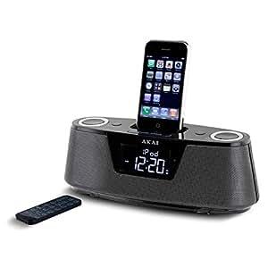 Akai AMP-5 - Estación de carga y reproducción para iPod y iPhone (digital, con despertador, entrada auxiliar) (importado)