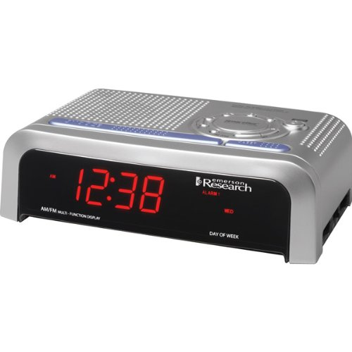 Emerson SmartSet Clock Radio With Dual Alarms And Digital Frequency