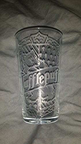 Hogwarts house a set of 4 16oz Pint style glasses Drink for the famous houses found in Harry - Glasses With Harry Styles