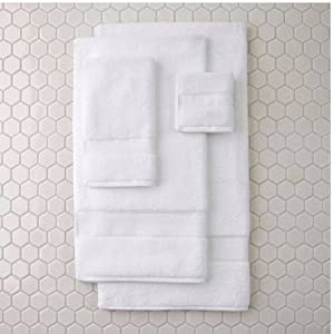Better Homes and Gardens Hygro Machine Washable Bath Towel Sky