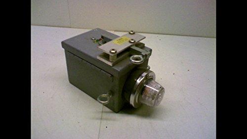 (Milbank Hc644jic12-Sp1 Safety Light in Enclosure Type 12/13 Hc644jic12-Sp1)