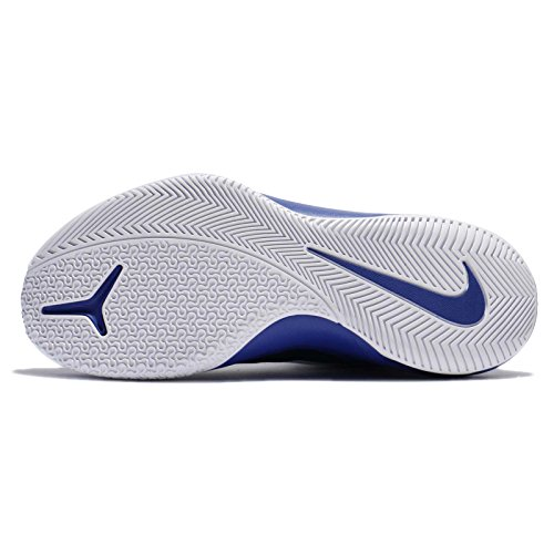 Nike Basketball - Air Versitile