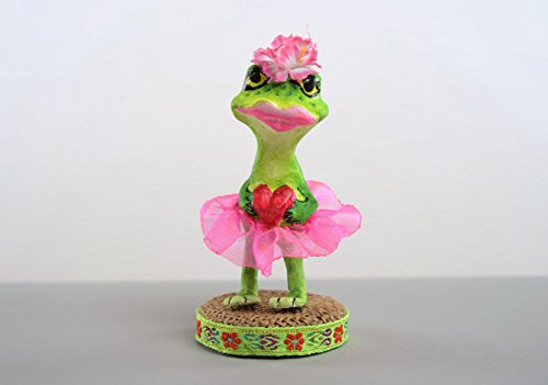 figurine-made-of-papier-mache-frog