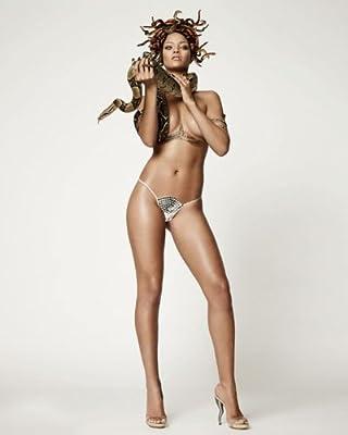 Rihanna 8x10 Celebrity Photo #24