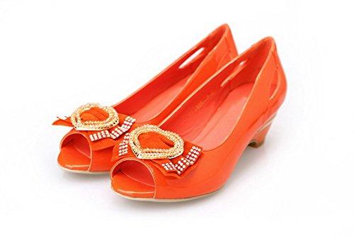 VogueZone009 Womens Open Peep Toe Low Heel PU Patent Leather Solid Sandals with Glass Diamond Orange CiOM2N