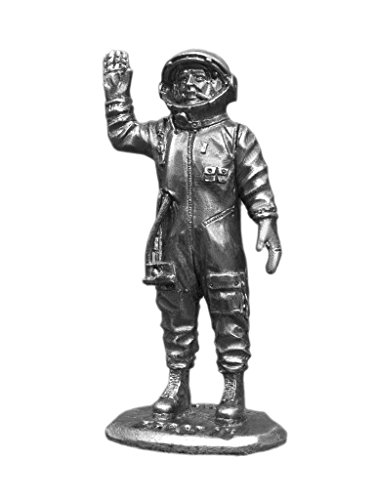 Ronin Miniatures Yuri Astronaut Gagarin USSR Spaceman UnPainted Tin Metal Collection Toy Soldier Size 1/32 Scale Décor Accents 54mm for Home Collectible Figurines Best Gift Item #Gagarin