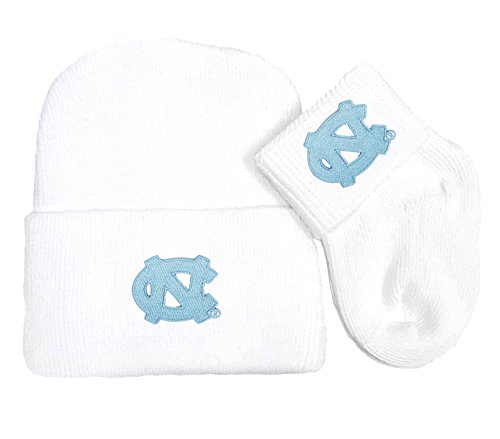 (Future Tailgater North Carolina UNC Tar Heels Newborn Baby Knit Cap and Socks Set)