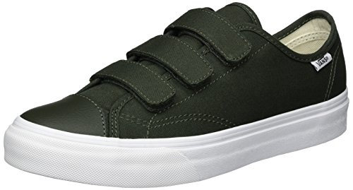 Vans Unisex Style 23 V (Canvas) Duffel Bag/True Skate Shoe 7.5 Men US / 9 Women US (Vans Strap Shoes)