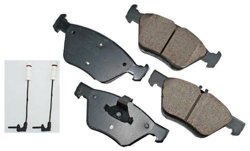 Akebono EUR853 Brake Pad Set - Brake Class