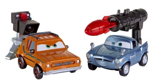 2 Coffret - Cars 2 - V4247 - Véhicule Miniature - Cars Coffret Combat Action Agent - Finn Mcmissile/Grem