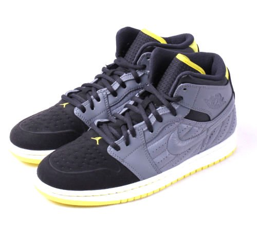 Nike Jordan Men's Air Jordan 1 Retro '99 Cool Grey/Vbrnt Yllw/Blk/White Basketball Shoe 11 Men US (Air Jordan 1 Cool Grey)