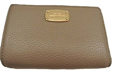 1fdb83b755f9 MICHAEL Michael Kors Medium Jet Set Travel Slim Wallet (One Size ...