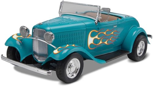 Revell 1:25 32 Ford Street Rod