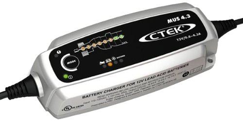 CTEK-93-56-864-MUS-43-Black-12V-Battery-Charger-and-CTEK-93-56-382-Black-Comfort-Indicator-Eyelet-Bundle